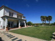 4 Bed Magnificent Villa With Great Views in Loulé
