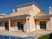 Varandas do Lago, Lovely Three Bedroom Villa With Pool