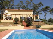 Detached villa located near the castle of Obidos