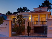 Attractive four bedroom villa close to the best golf