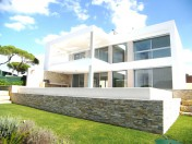 Modern Top Quality Villa near beach and sea view