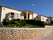 Alvor - 5 Bedroom Villa with Garden