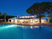 Beautiful, private estate within the heart of Quinta do lago