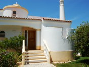 2 Bedroom End Townhouse, Vila Golfemar, Carvoeiro