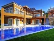 A SPECTACULAR VILLA