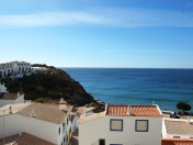 2 Bedroom, Refurbished Apartment With Ocean Views, Burgau