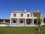 Luxury 5 bedroom villa in Vale Formoso on a large plot