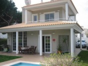 Bright and cheerful Villa with beautiful views to golf