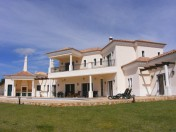 VALE FORMOSO BEAUTIFUL 4-BEDROOM COUNTRY HOME