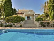 Charming 3 bed Villa with stunning views