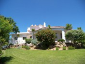 Stylish villa for sale with large guesthouse