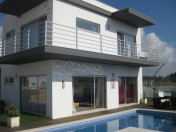 Fully Furnished 3Bed Villa next to the Beach 