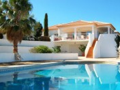 Large 4 bedroom villa 2 minutes from Carvoeiro