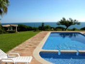 Stunning 4 bedroom ocean front Villa with pool and Sea Views