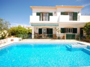 Lovely and Bright Detached Villa with swimming pool