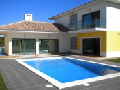 Modern living on the outskirts of Vilamoura