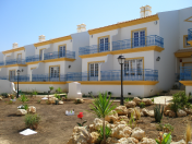 4 and 5 bedroom town houses in Alvor