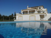 6 Bedroom Villa Exceptionally located