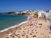 Renovated building  3 apartments Albufeira close to beach