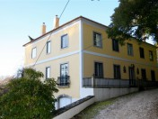 Beautiful manor house with 3 in 1 solution in Sintra