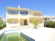 Charming 5 bedroom villa in Portimao