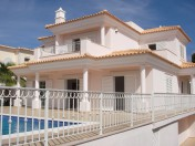 Stunning brand new 5 bed villa Varandas do Lago