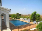 Lovely 3 bedroom villa overlooking Tavira 