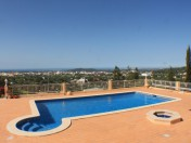 Traditional villa with fabulous views,Quiet neighbourhood