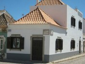 Renovated 2 bedroom townhouse in the heart of Tavira