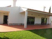 Lovely 4 bedroom home in Vale do Lobo