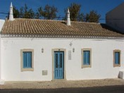 Beautiful restored 2 bedroom cottage in Faro 