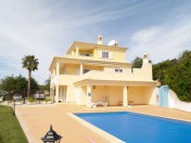 Wonderful large villa with superb sea views