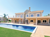 Fantastic Golf Front Villa